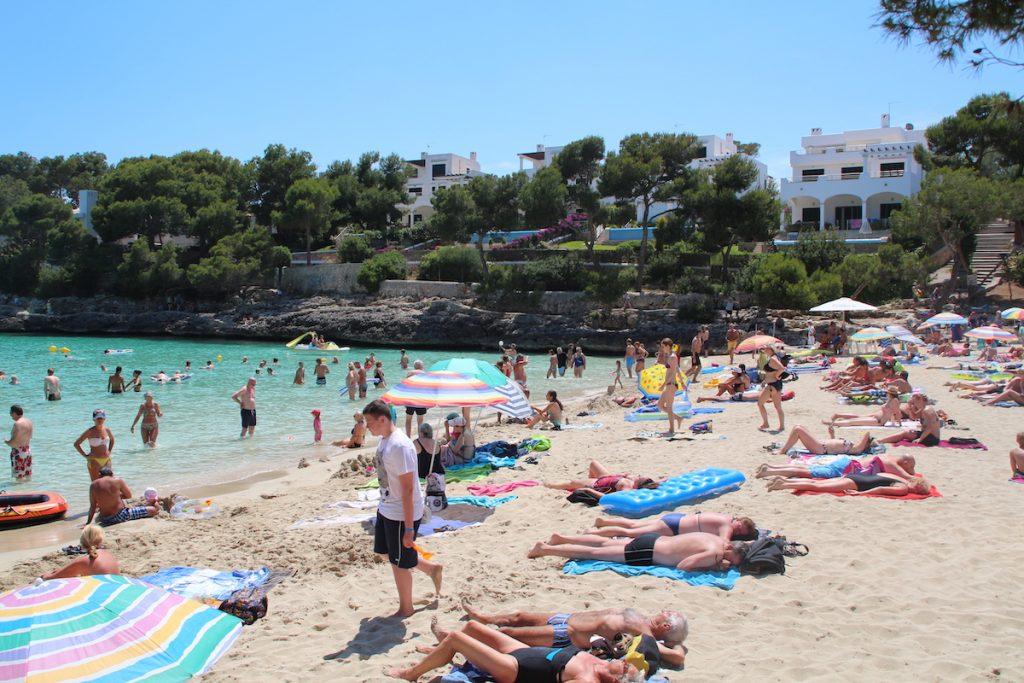 Cala d'or mooie maar drukke stranden